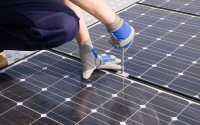 Het installatieproces van zonnepanelen